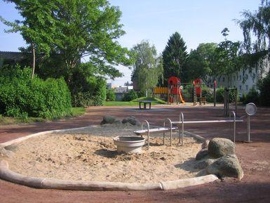 Klettergerüst Mit Sandkasten : Spielplätze u2013 stadt brühl